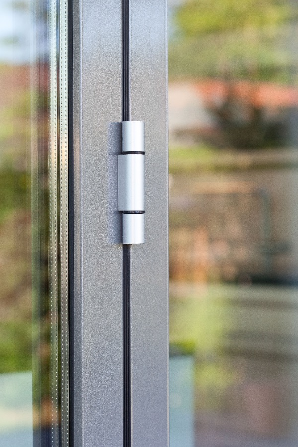 Fenster aus Kunststoff & Holz