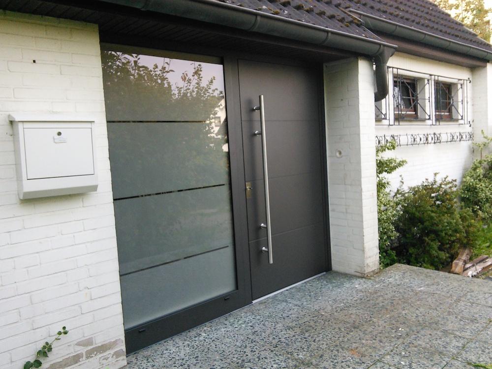 Aussenansicht Kompotherm Kotherm 96 Haustür in Heist