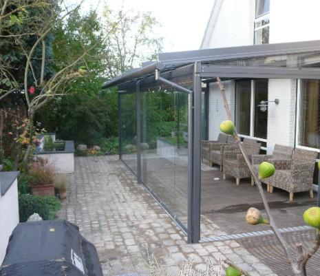 Solarlux Glashaus in Tonresch seitlich