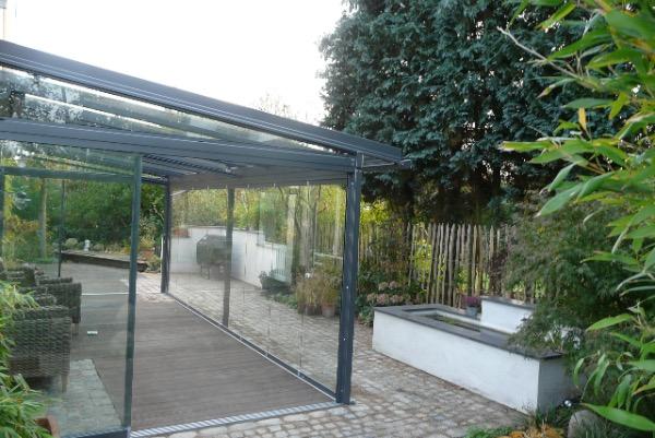 Aussenansicht Solarlux Glashaus in Tornesch