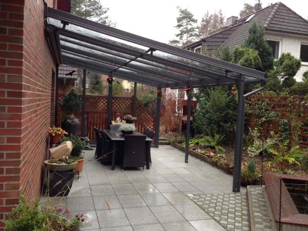 Solarlux Atrium Terrassenüberdachung mit seitlicher Verglasung in Hamburg-Fischbek