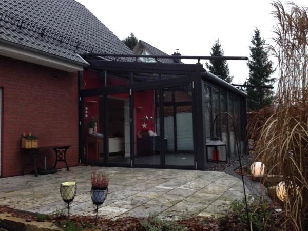 Seitenansicht Solarlux Wintergarten Akzent Plus aus Aluminium in Buchholz