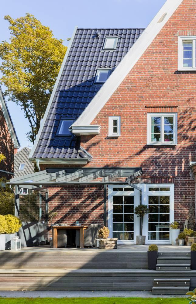 Aussenansicht Solarlux Atrium Terrassenüberdachung Hamburg