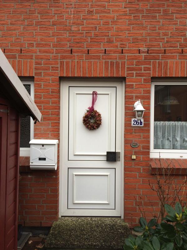 Aussenansicht der alten Haustür