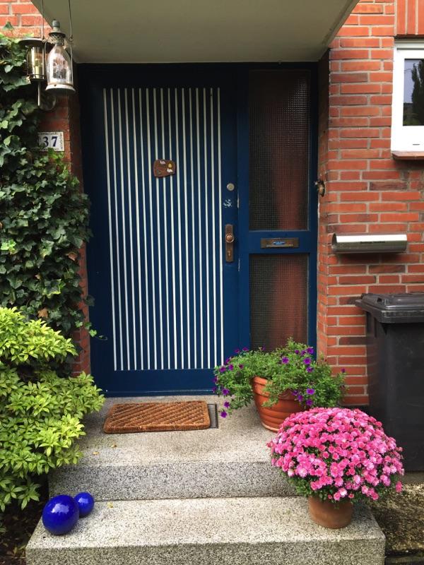 Die alte Haustür vor der Neuinstallation