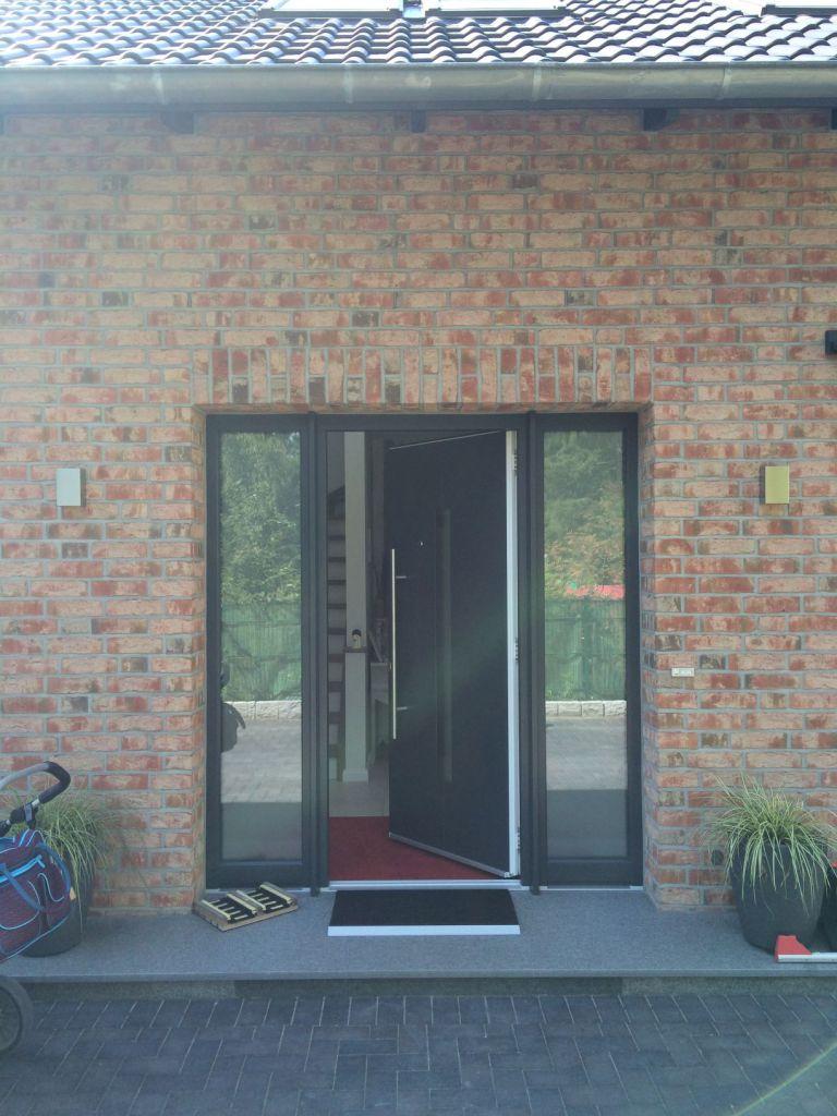 Vor der Installation des Kompotherm Vordach Zulegro in Buchholz