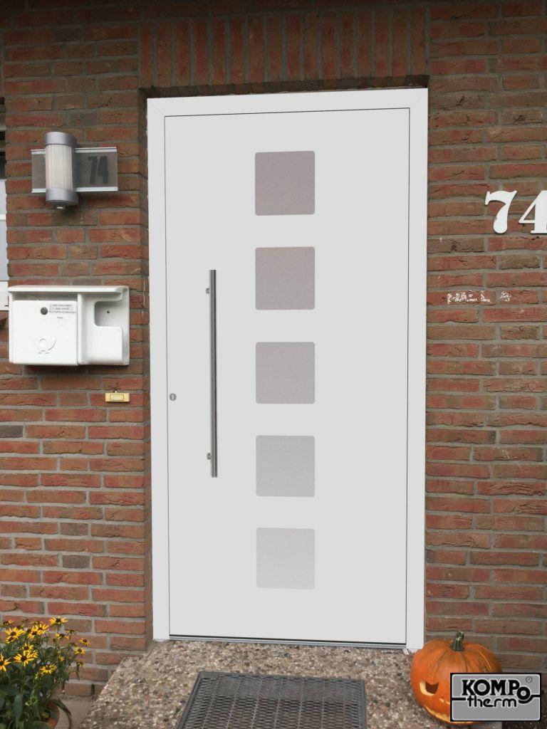 Kompotherm E-Design Haustür in Pinneberg Visualisierung Außenansicht