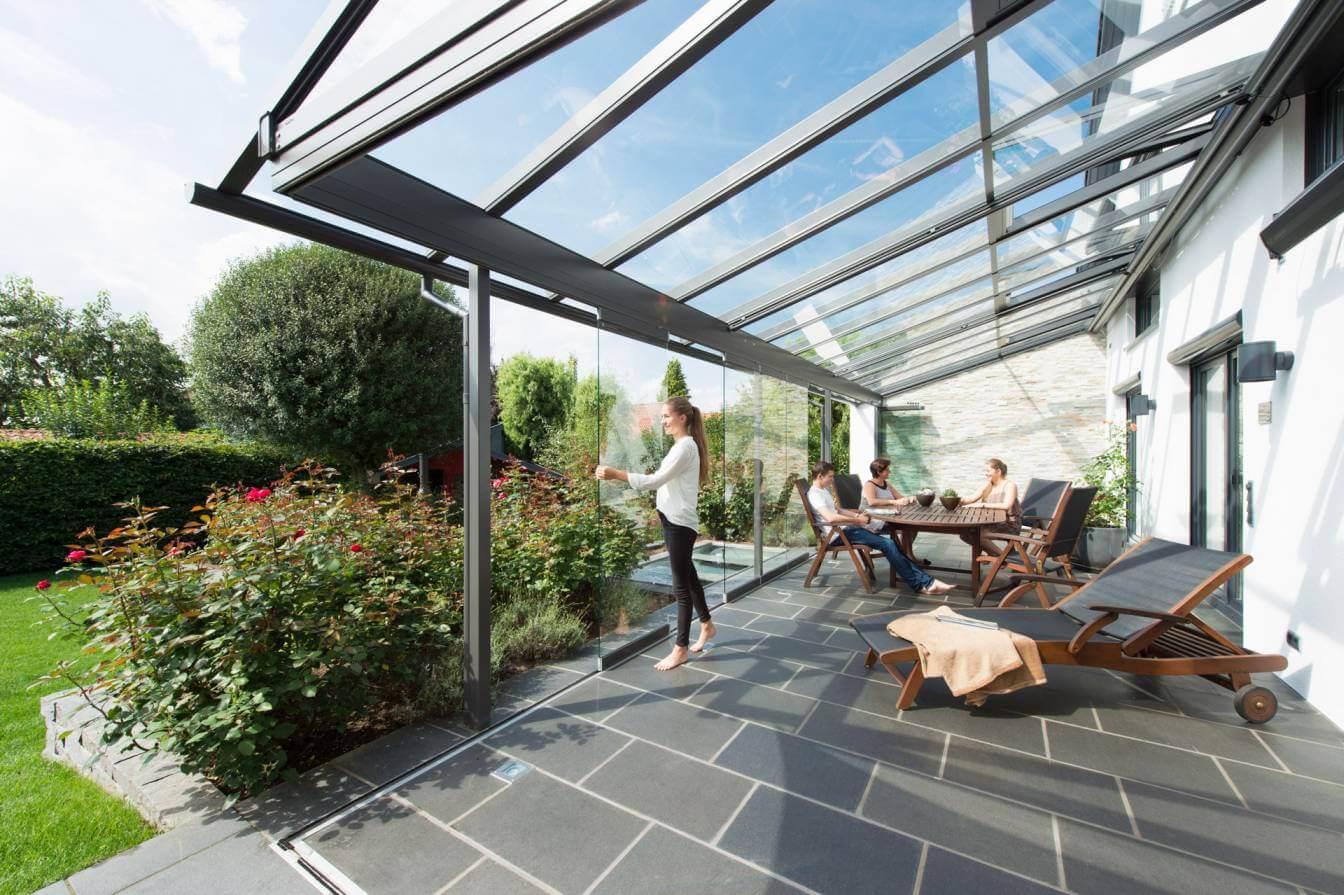 Solarlux-Glashaus-5 SDL Atrium Plus mit Schiebeanlage von Sonne Rundum in Hamburg