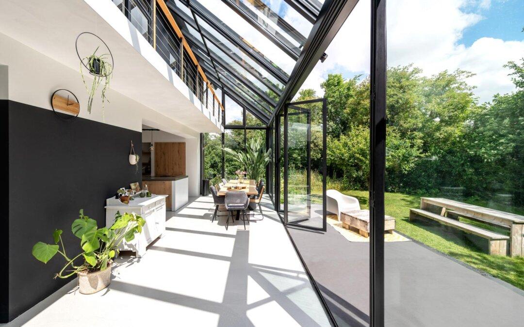 Galeriebild milieu Solarlux Ecoline eingebaut in einen SDL Akzent Plus Wintergarten von Sonne Rundum in Hamburg